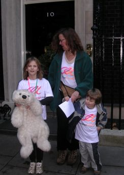 Delivering letter to No 10 Downing Street